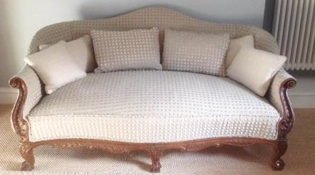 Louis 15 sofa & cushions