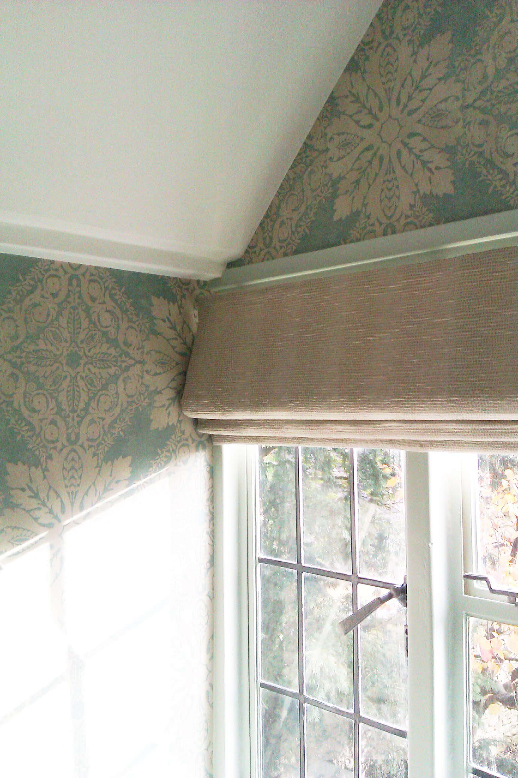 Interlined roman blind - Lower Slaughter