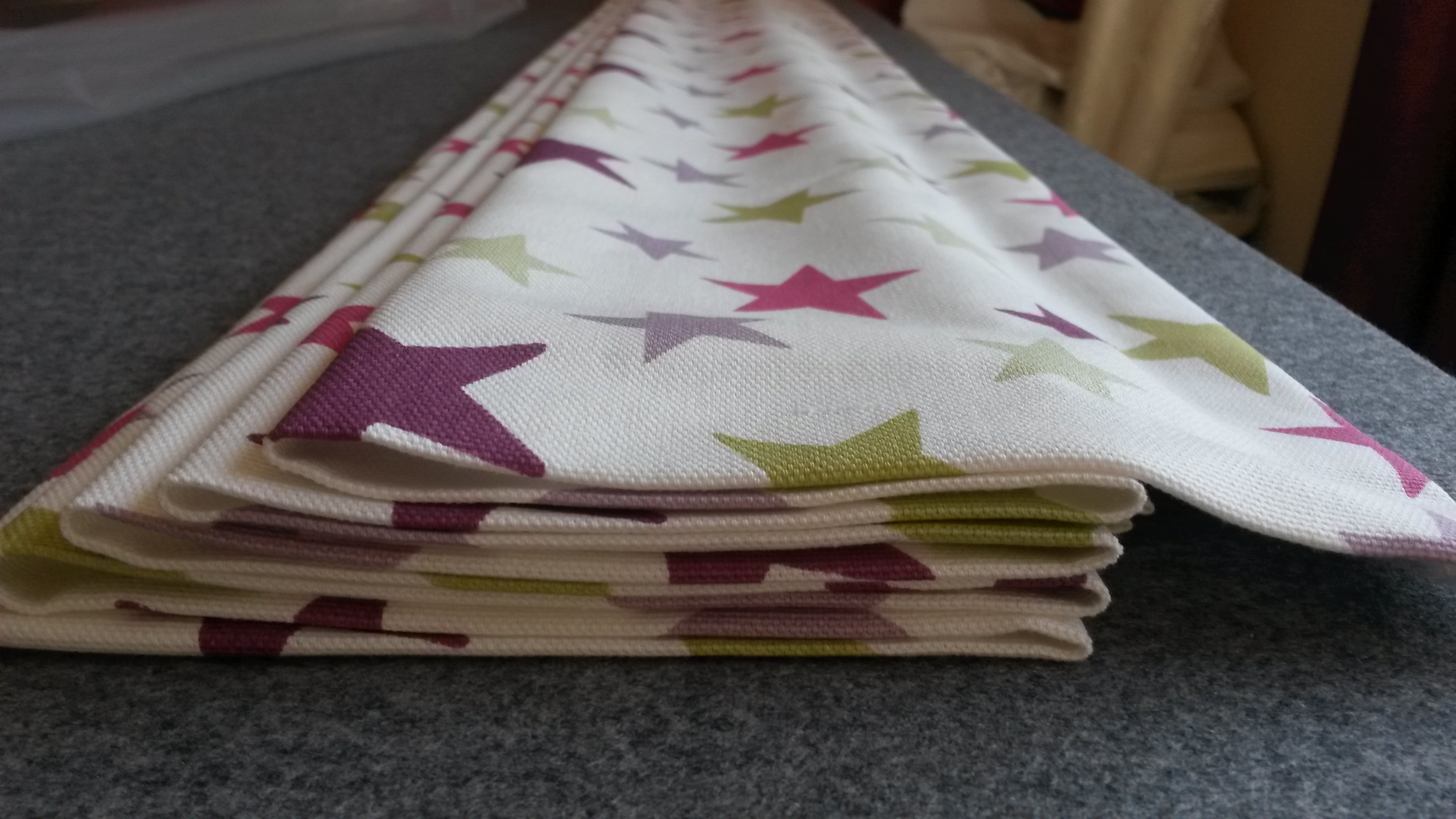 Childrens bedroom roman blind in star fabric, Woodmancote