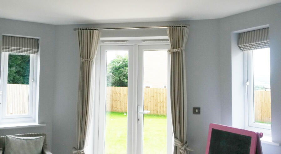 Striped mock wave curtains - Alderton