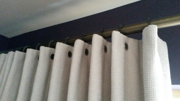 Walcot House pleating rings and brushed bronze curtain pole