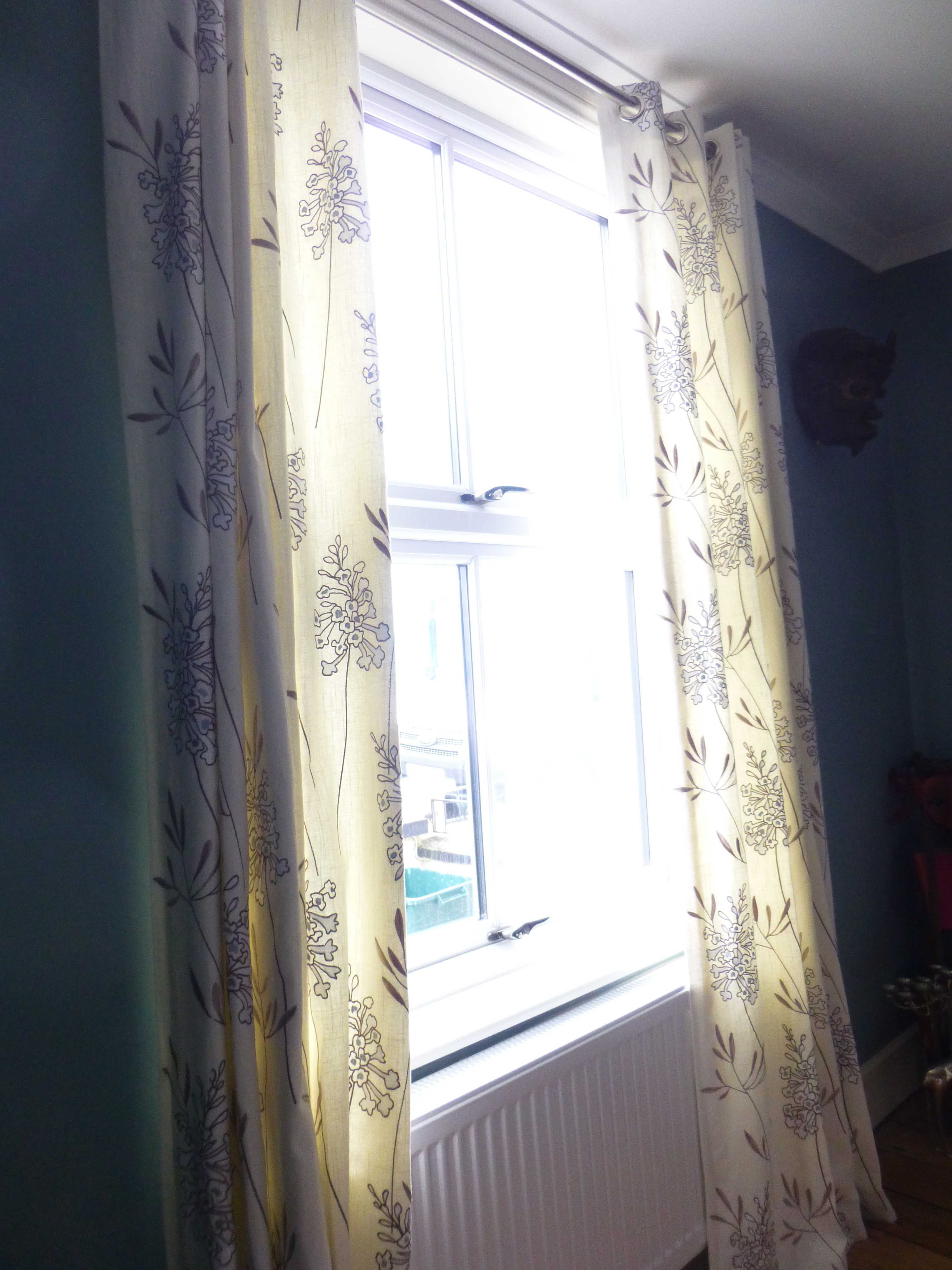 Eyeleted lined curtains - Tivoli, Cheltenham