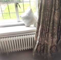 Mock wave interlined curtains in paradiso portinari by nina campbell with window seat cushions - Lower Slaughter